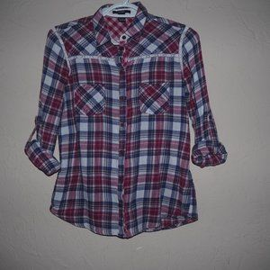 Forever 21 plaid button up longsleeve shirt